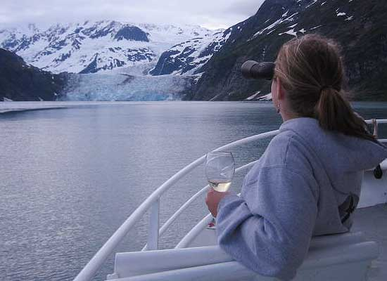 Glacier viewing inside passage